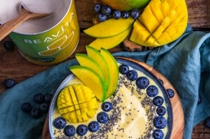 Smoothie Bowl Mango Lassi