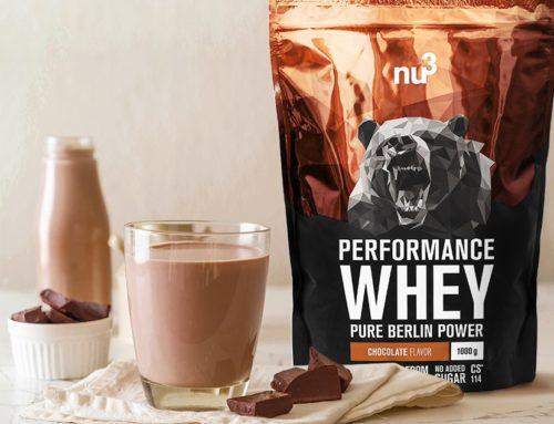 Schoko Protein-Shake mit Kokosraspeln für deine Power