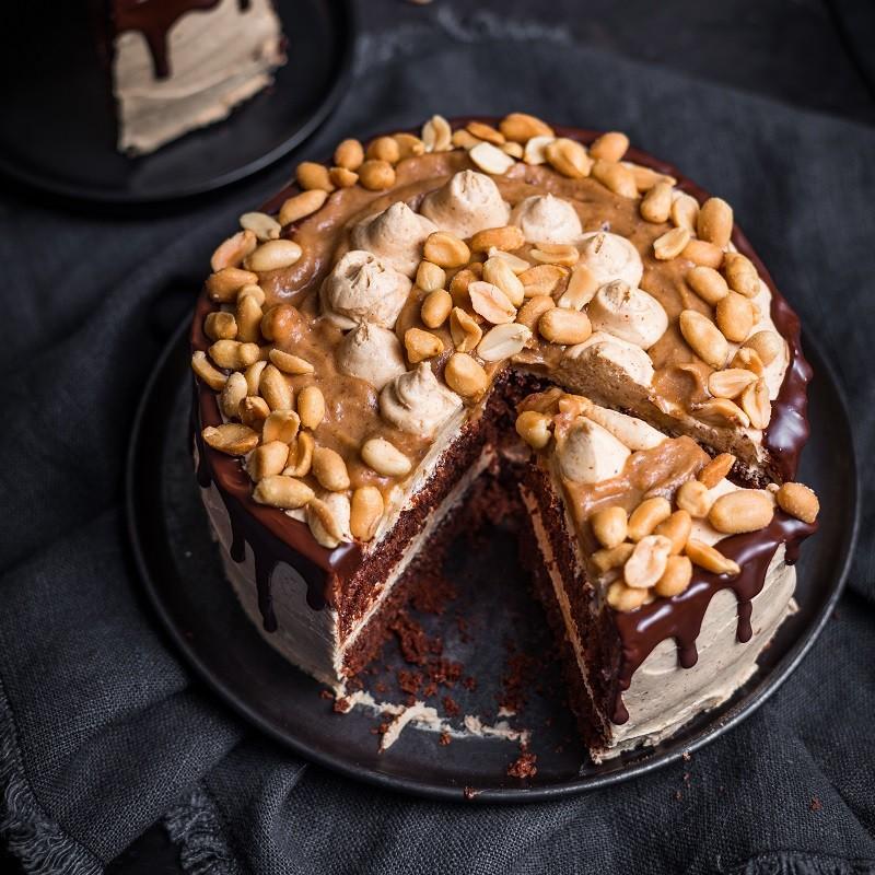 snickers torte ohne raffinierten zucker und 100 vegan nu3kitchen. Black Bedroom Furniture Sets. Home Design Ideas